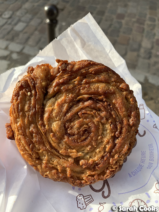Pecan Kouign Amann, Le Petit Grain in Paris