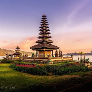 pemandangan pura ulun danu bratan Bali
