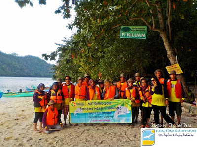 Peserta Family Gathering Foto di Pulau Kelapa
