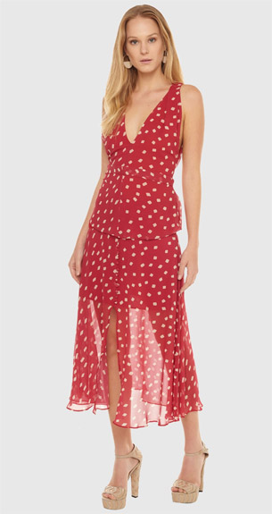 BO.BÔ looks vermelhos para festas de final de ano blusa e saia midi cós alto estampada