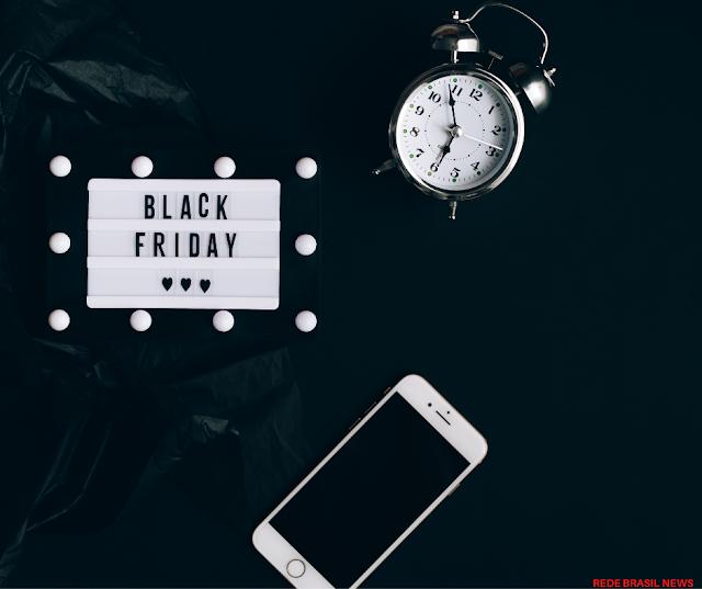 Veja os  artigos de beleza que estão entre os mais desejados da Black Friday 2020.