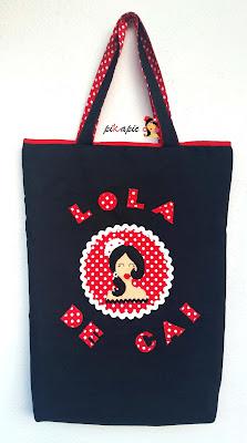 Bolso flamenco Lola de Cai. Pikapic