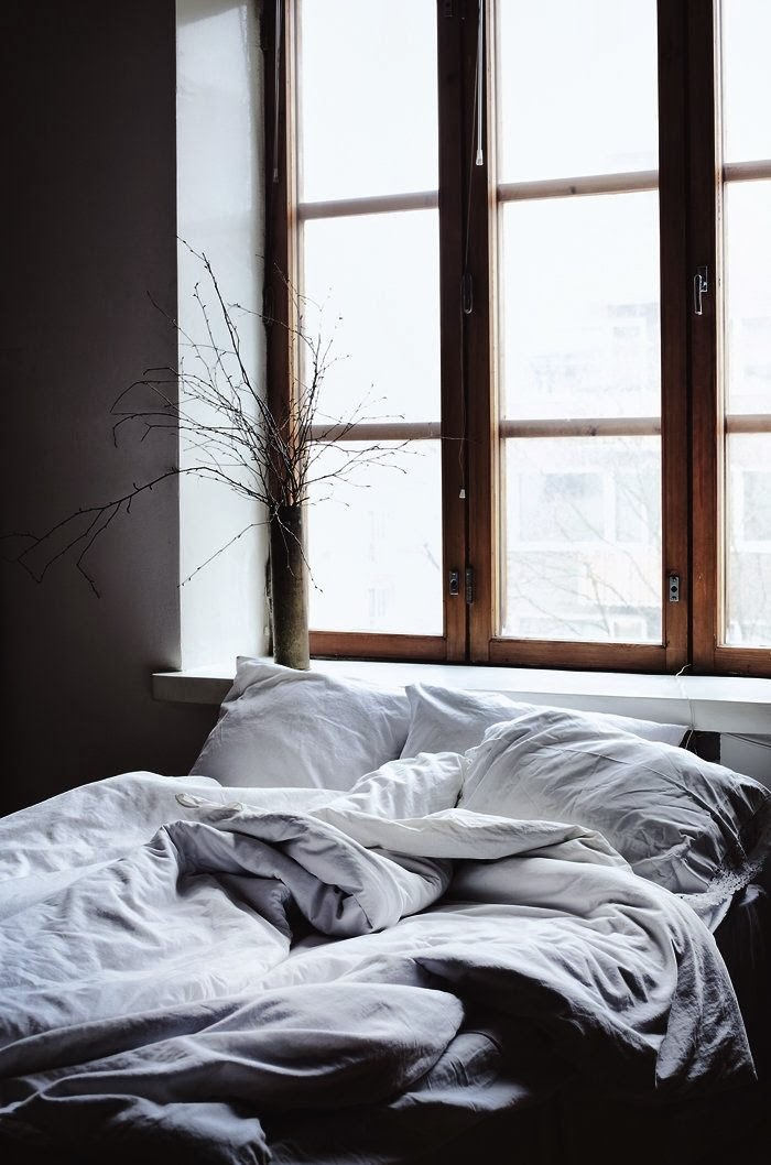 11 Gorgeous Grey Beds For A Warm And Cozy Bedroom