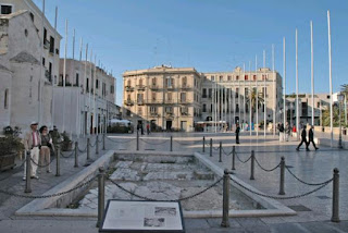 A view of Piazza Ferrarese, which overlooks the harbour in the older part of the city of Bari
