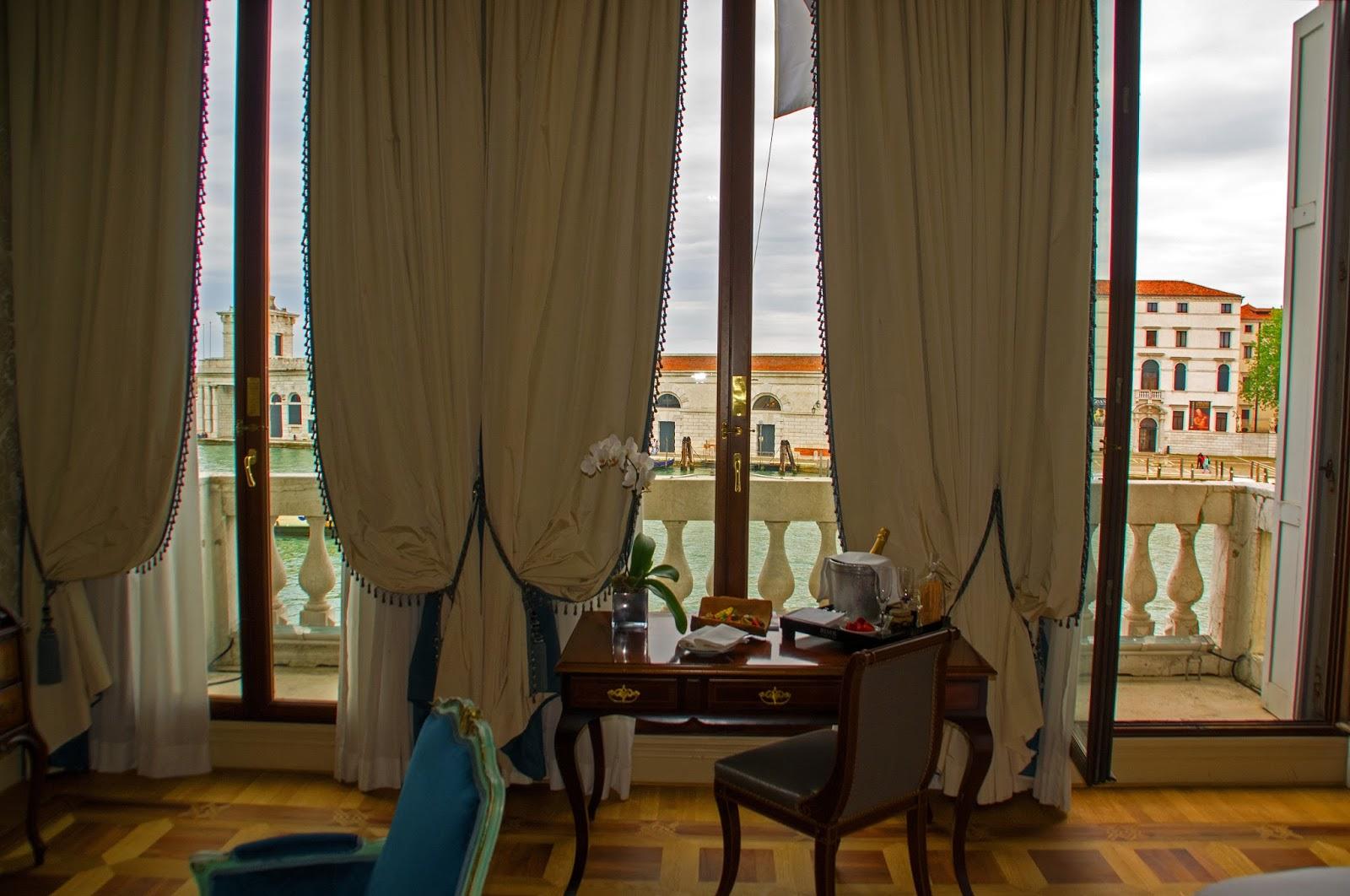 Westin Europa & Regina Venice desk and windows