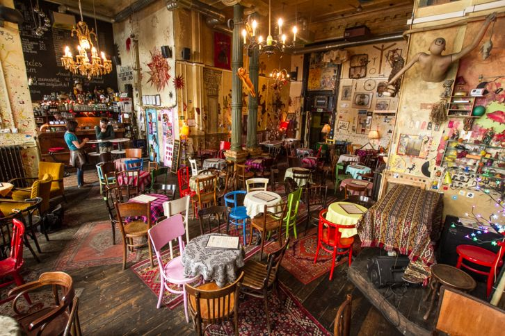 Csendes Vintage Bar budapest urban creatives creative urban ideas multidisciplinary design community travel consulting