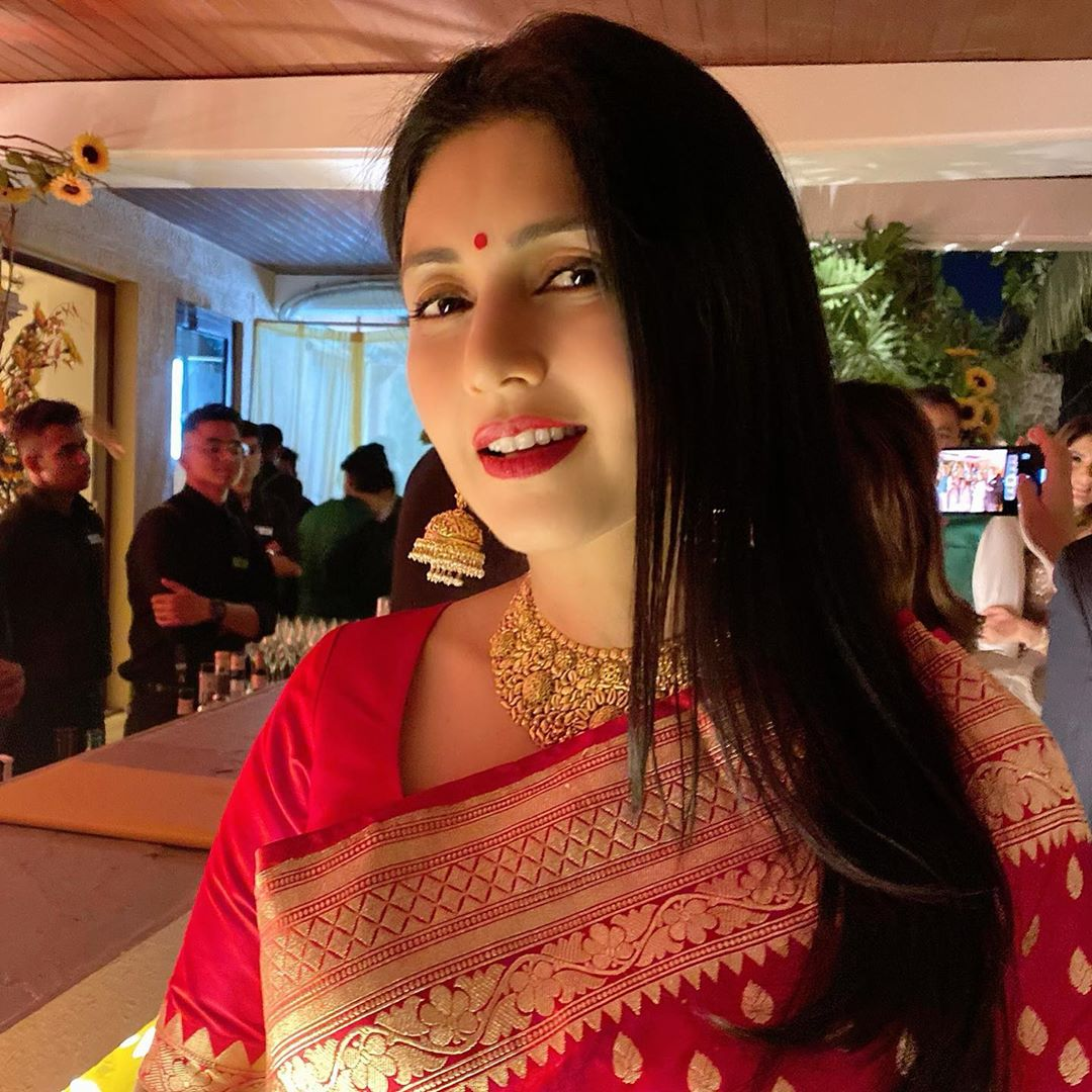 deepti-bhatnagar-is-sister-in-law-of-sunny-deol