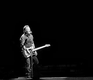 Rock Music Space  Lo zio Bruce non si smentisce! a37fb70fbb6e