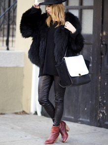 www.shein.com/Black-Long-Sleeve-Faux-Fur-Coat-p-237749-cat-1735.html?aff_id=2525