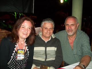 Margherita Detomas (esquerda) acompanhada dos pesquisadores internacionais Roberto Pinotti (centro) e Carlos Ferguson (direita)