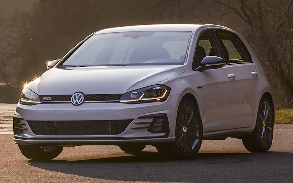 VW Golf GTI e Jetta GLI na lista 10Best da Car and Driver