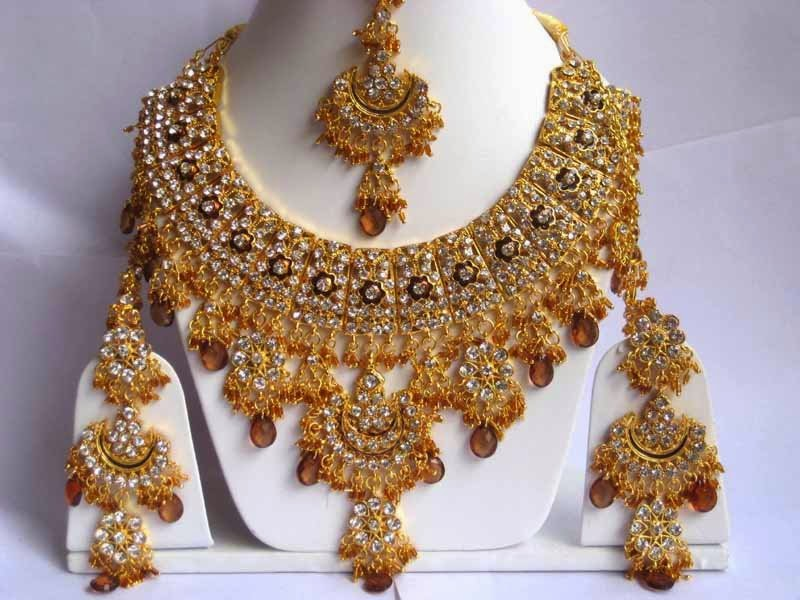 Various Options Available In Stunningly Gorgeous Indian Gold Plated Jewelry