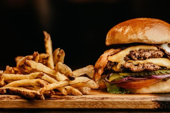 20 Sene Sonra Açılan McDonald's Hamburgeri, Paketinden Bozulmadan Çıktı