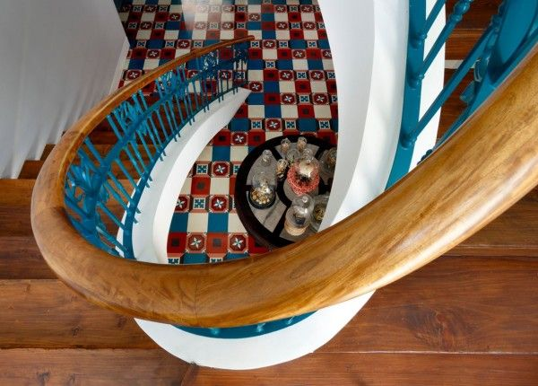 staircase handrail design