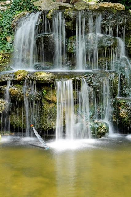 Rouen,une des nouvelles cascades du jardin des Beaux Arts (square Verdrel)