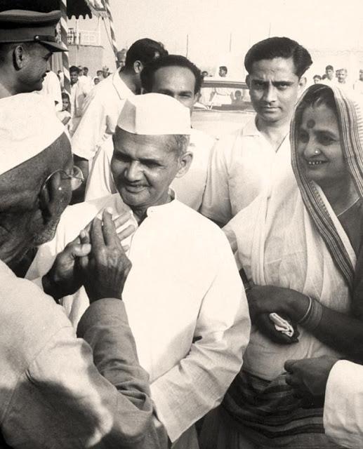 Lal Bahadur Shastri with his wife Lalita Devi