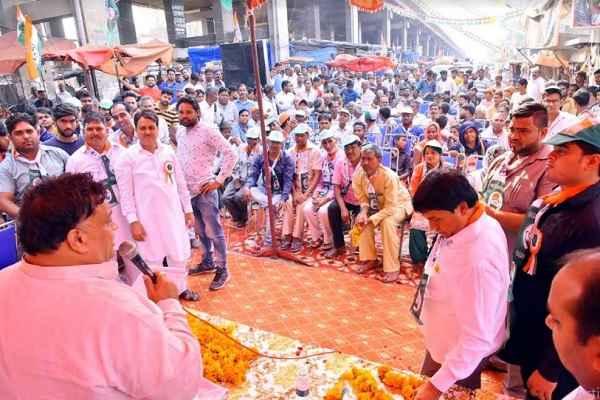 faridabad-congress-candidate-lakhan-singla-chunac-prachar-15-october