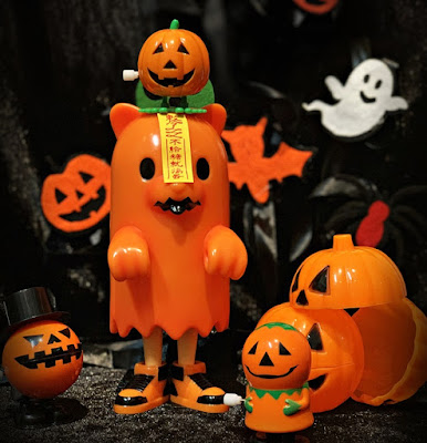 Jiangshi The Great Pumpkin Edition Vinyl Figure by Luke Chueh x VTSS