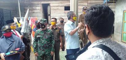 Sambut HUT RI Ke-75 , Bupati batanghari Ir,Syahirsyah Lakukan Kegiatan Berikan Masker Gratis