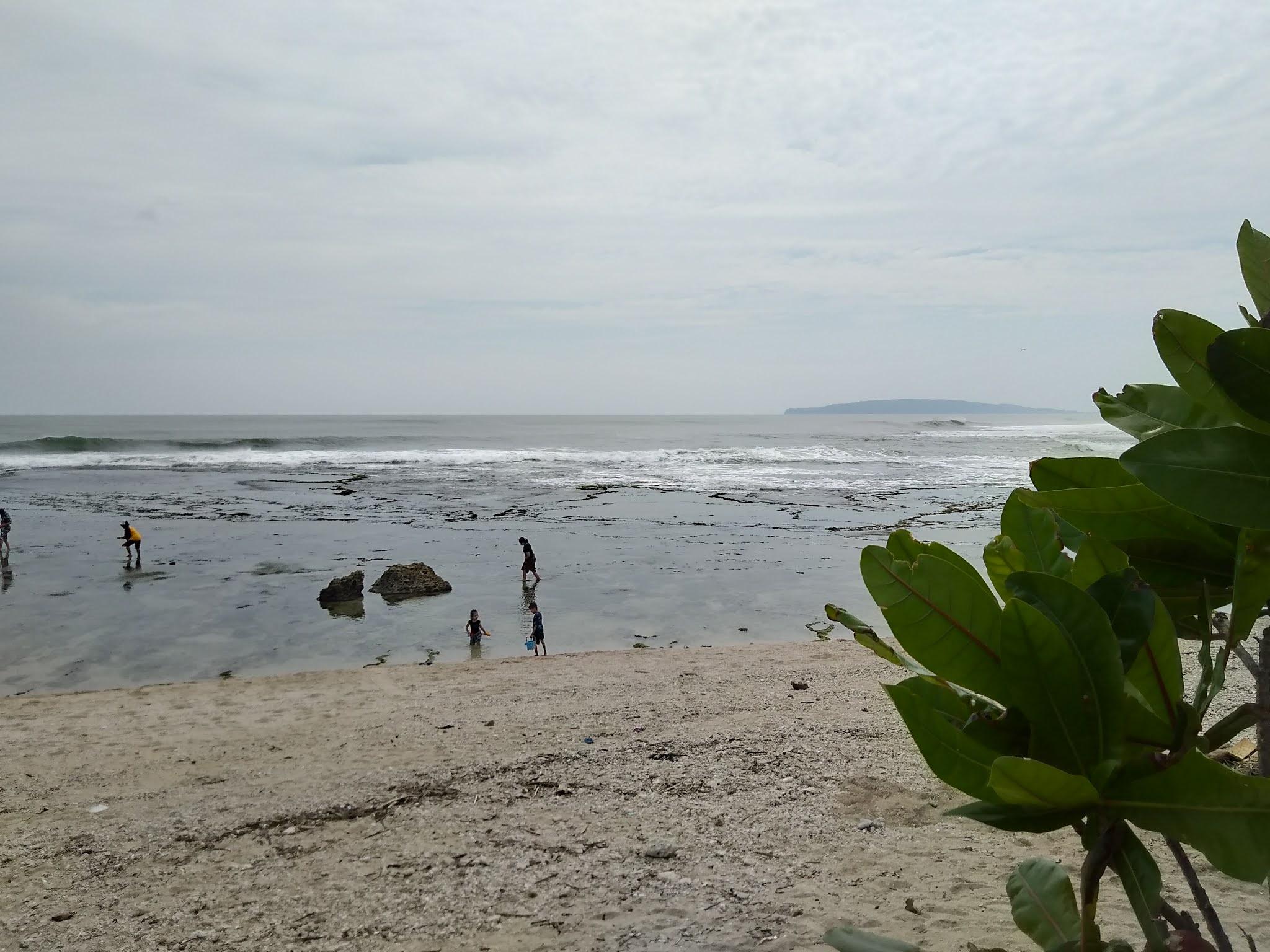 pantai karapyak lokasi kedua