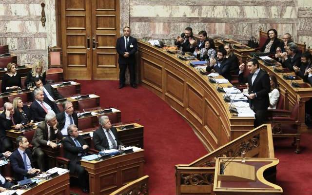 Ο ΣΥΡΙΖΑ σώζει τις συντάξεις, η Ν.Δ. απαντά με διχασμό