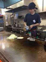 lo chef prepara le crespelle