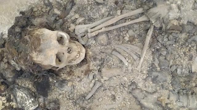 Kastamonu Müzesi, Lahit Mermer içerisinde bulunan kadın iskeleti.