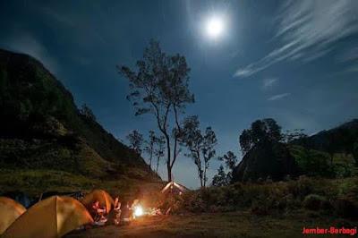 Berkemah di Segara Anak Gunung Rinjani Lombok