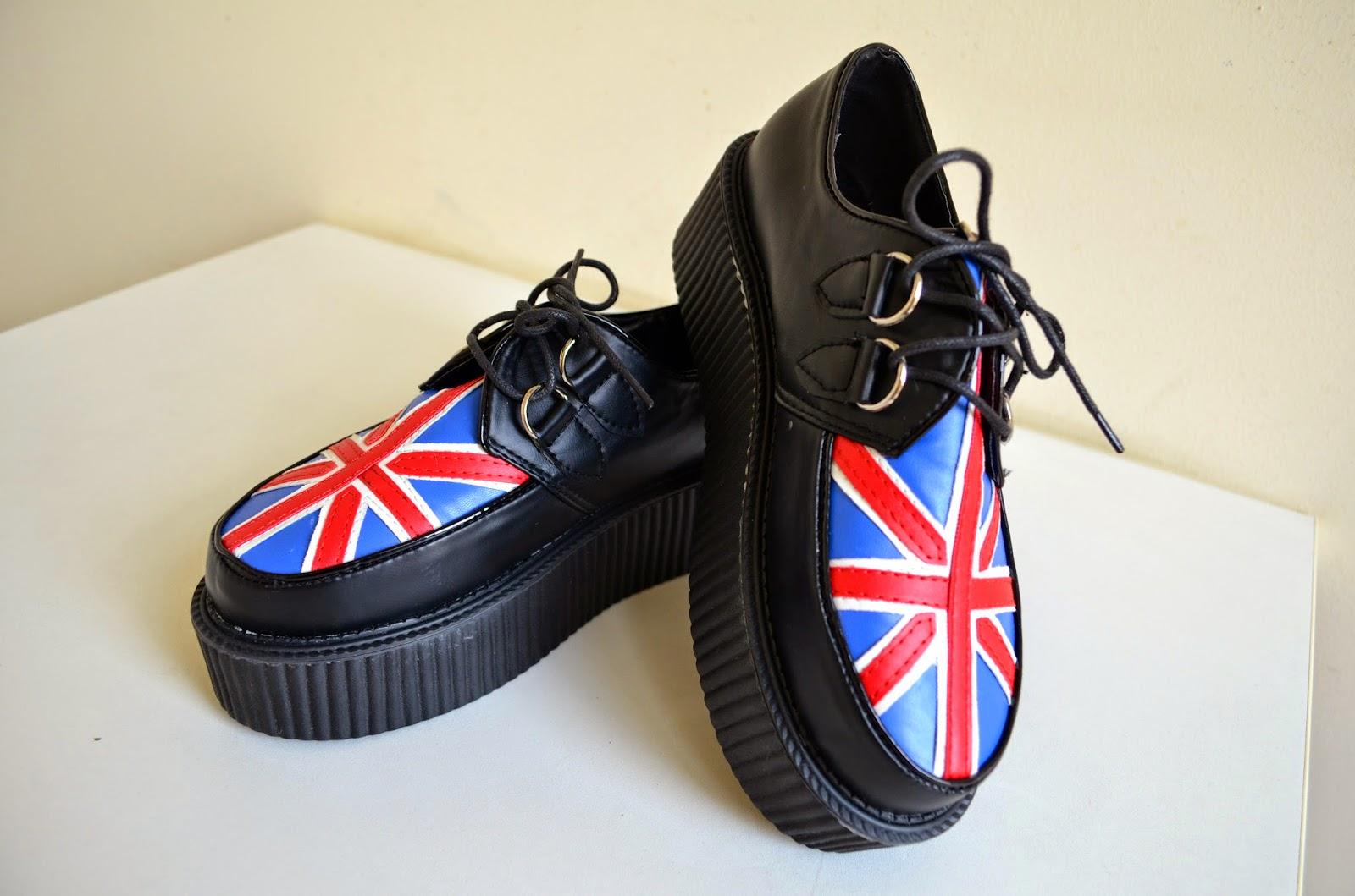 outlet store ca84a 7acc7 Così navigando nella sezione Women s Shoes ecco cos ho trovato