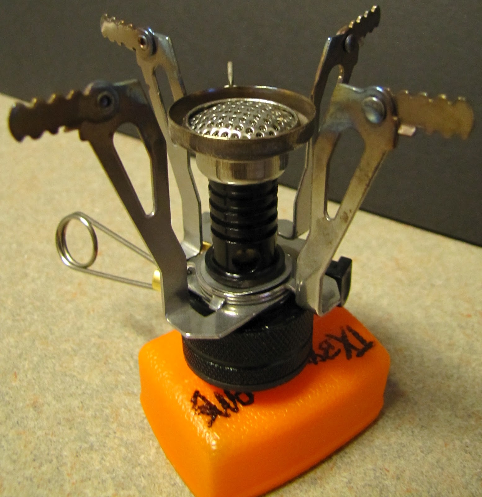 Thrifty Gear Reviews: Stove Review: Ultralight Backpacking