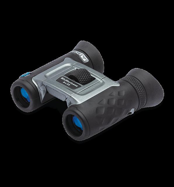 BluHorizons-nimi tulee sinisestä sävystä, joka näkyy etulinssien pinnoitteessa häiritsevän valon heijastuessa pois objektiivista.