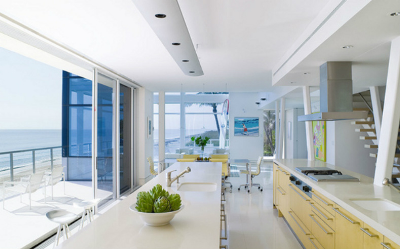 modern beach house kitchen