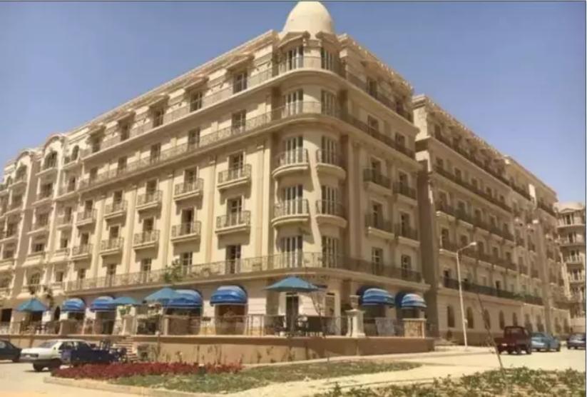 شقة للبيع فى كمبوند  بالتجمع الخامس باقساط 132 متر