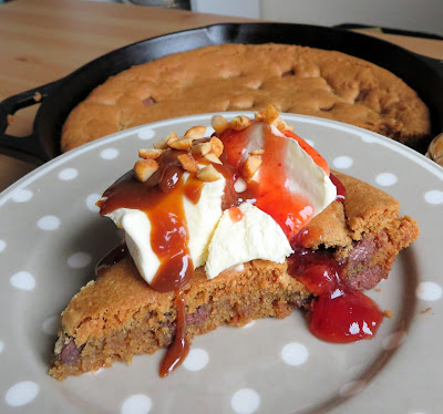 Peanut Butter Chocolate Chunk Cookie Sundae Pie