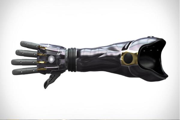 شركة Open Bionics تطور ذراع اصطناعية ثلاثية الأبعاد تنمو معك