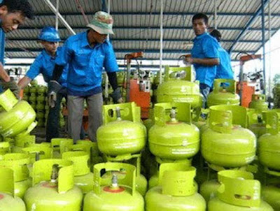 Ambon, Malukupost.com - PT Pertamina mengajak warga Kota Ambon beralih menggunakan Liquefied Petroleum Gas (LPG) Non Subsidi Bright Gas 5,5 Kg.