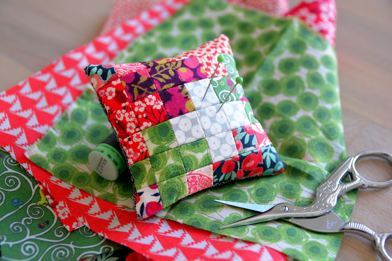 how to make a pincushion by hand