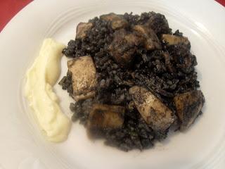 Receta de Arroz negro con costilla de cerdo y sepia.