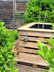 Gartendeko blog hochbeet oder pflanztisch aus paletten - Gartendeko aus paletten ...