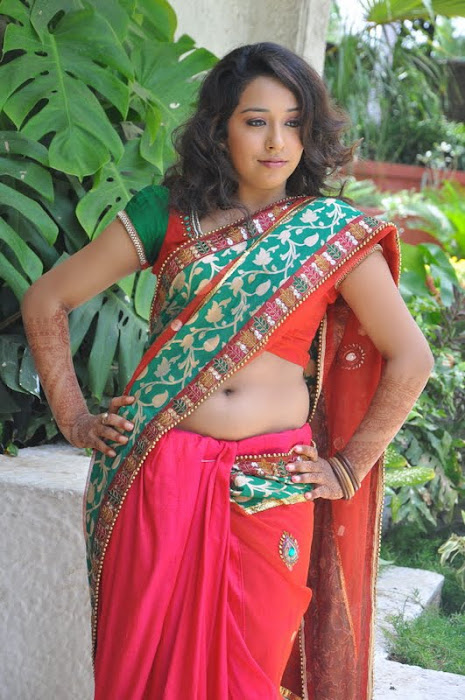 model zeba saree photo gallery