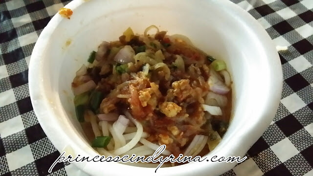 Khanom Jeen with chicken