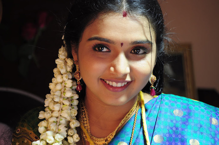 yugam thi thi cute stills