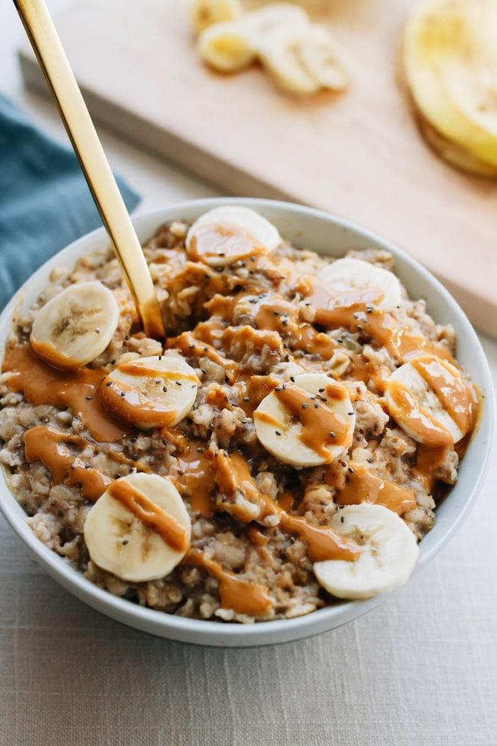 Peanut Butter Chia Oatmeal