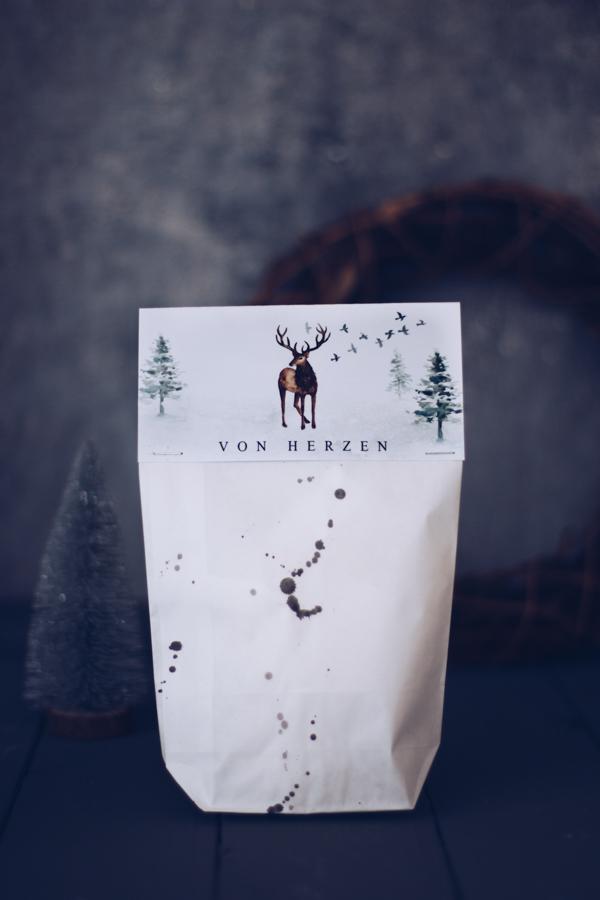 DIY Geschenkverpackung zu Weihnachten gratis zum Ausdrucken. Weihnachtsgeschenke schön verpacken.Titatoni.de