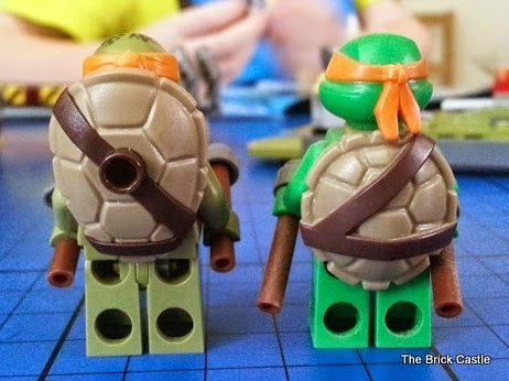 LEGO TMNT Turtle Van Takedown Set 79115 Review Minifigures old turtle and new movie turtle shell compared