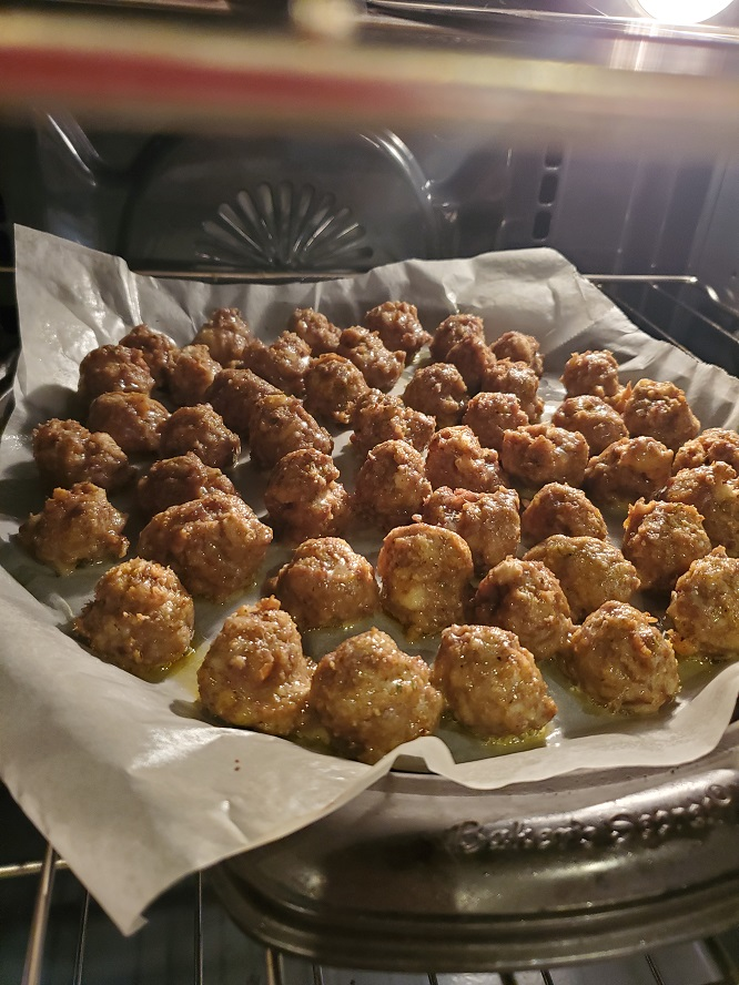 these are air fried mini meatballs