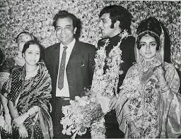 Vinod Khanna Family Wife Son Daughter Father Mother Age Height Biography Profile Wedding Photos