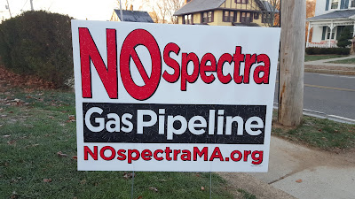 No Spectra sign on Franklin lawn