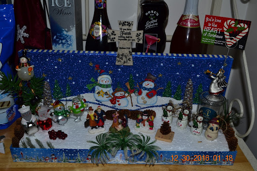 Little Snowmen Village and Other Craft Projects