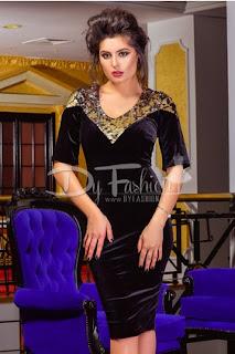 Rochie neagra din catifea cu aplicatii din paiete aurii pentru ocazii